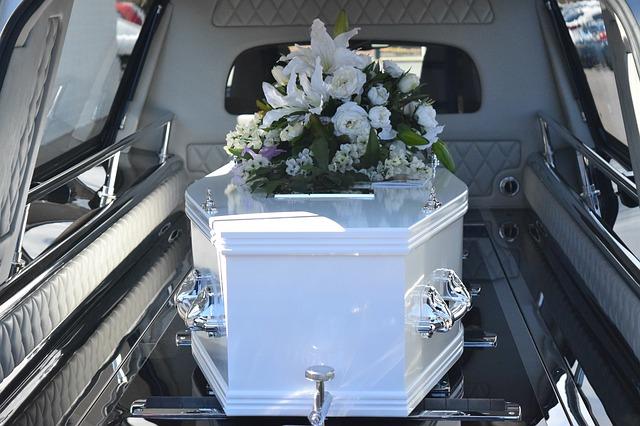 Tour d'horizon des services proposés par les entreprises de pompes funèbres
