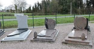 Comment choisir un monument funéraire?